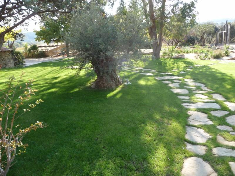 Paysagiste pour cr ation de jardin et espace vert bandol for Creation jardin paysager