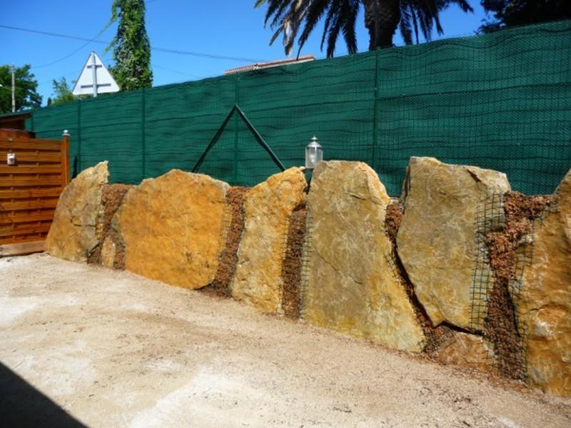 Cr ation d 39 un mur de cl ture en pierres plates v g talis sur ollioules bandol hy res - Cout d un mur de cloture ...