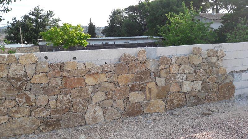 habillage mur en pierres six fours les plages am nagements paysagers et vente de pierres sur. Black Bedroom Furniture Sets. Home Design Ideas